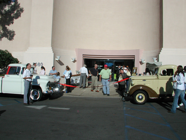 Ribbon cutting at the S.D. Auto Museum